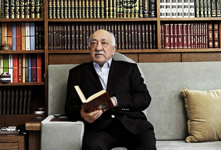 Image: Turkey seeks extradition of Gulen from US