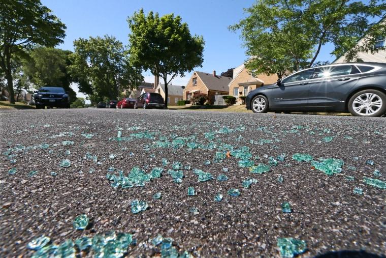 Image: Broken glass in Milwaukee