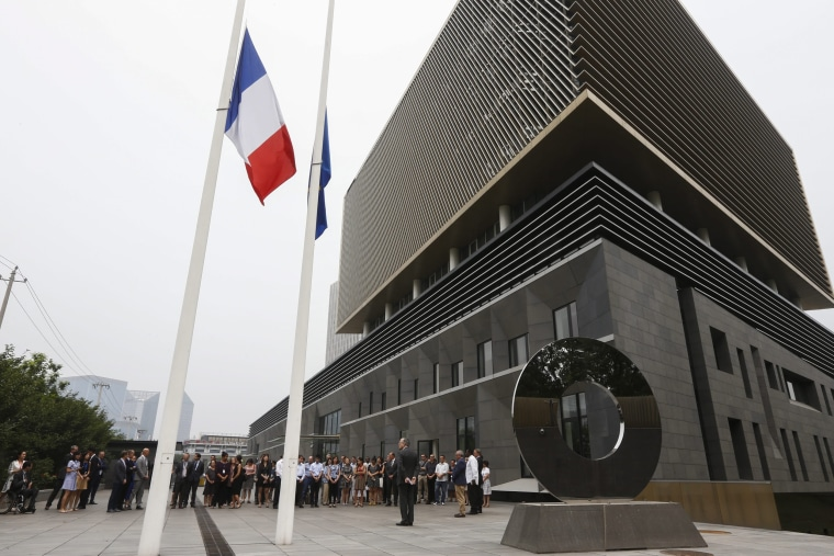 Image: French embassy in Beijing remembers victims of Nice attack