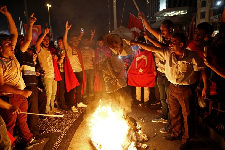 Image: Aftermath of attempted coup d'etat in Turkey