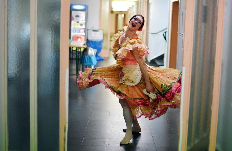 Image: Ballet company Les Ballets Trockadero starts guest performances
