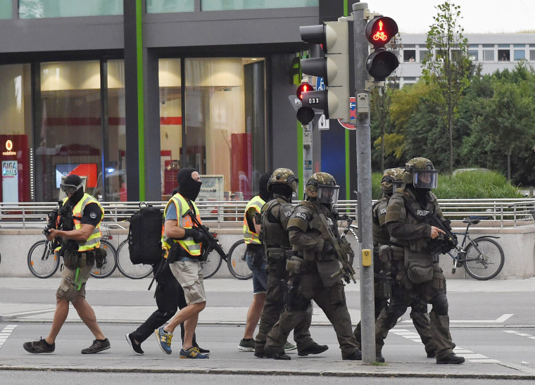 Image: Shooting in shopping centre in Munich