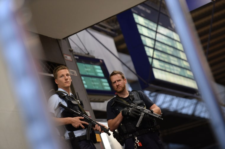 Image: GERMANY-SHOOTING-MALL