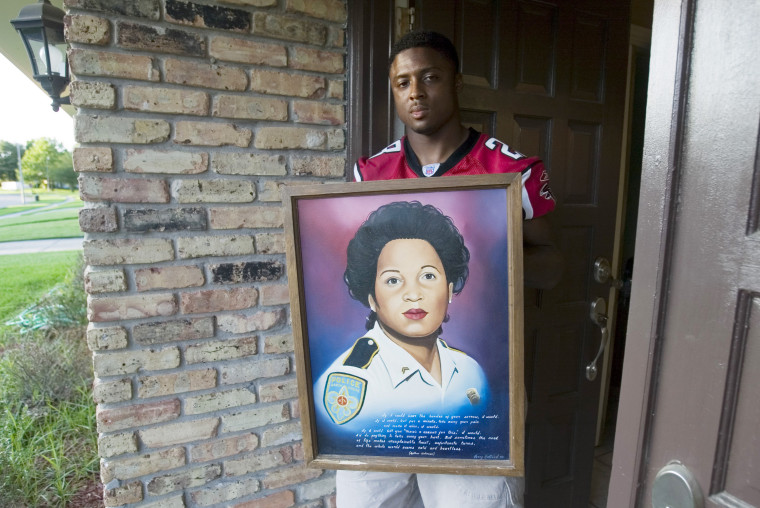 Former NFL Star Warrick Dunn Haunted By Police Killings