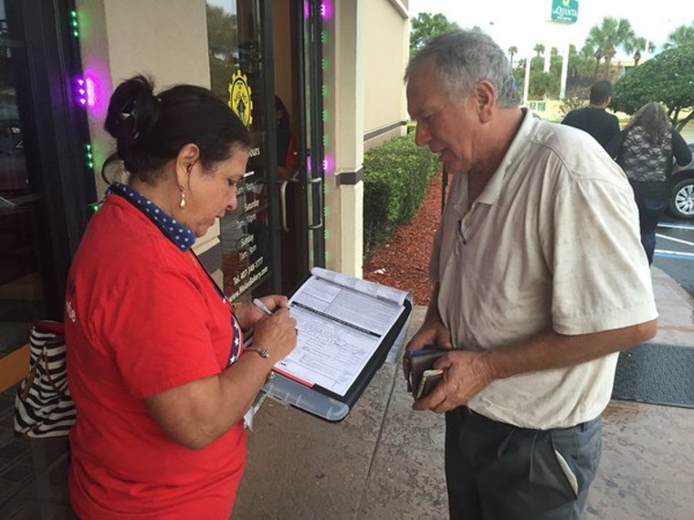 In Florida, an NCLR canvasser gathers information from a resident.