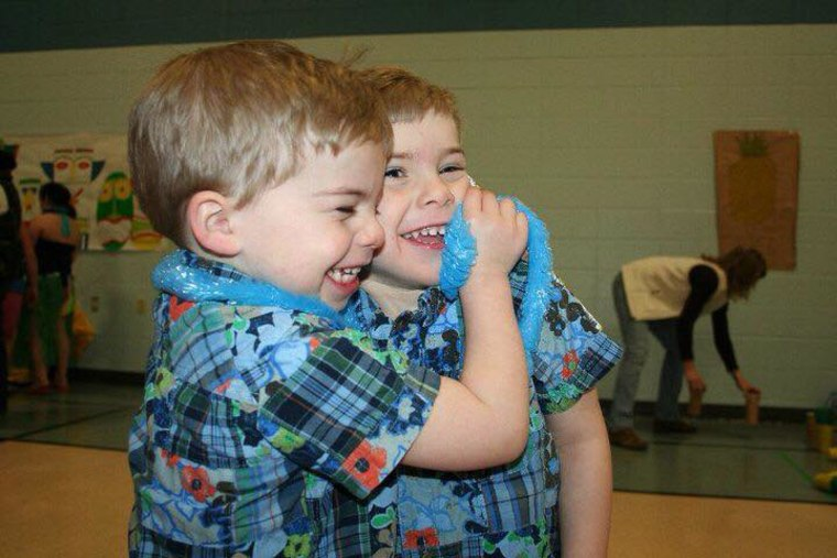 Twins holding hands: Photos that show power of twin bond