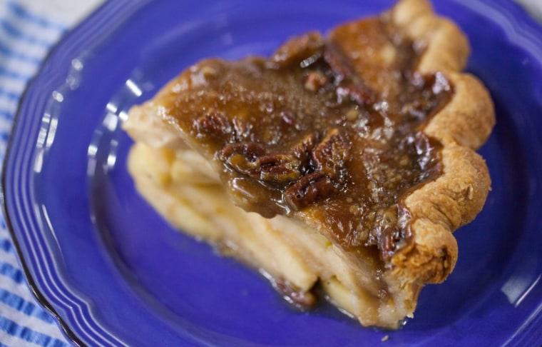 Elizabeth Chambers' rustic apple pie recipe