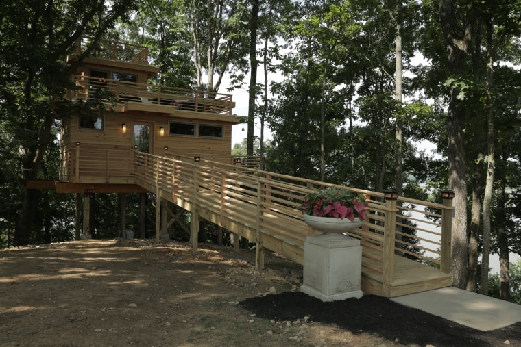 Treehouse Masters Animal Planet