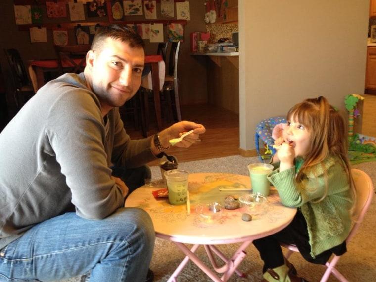 Seth Kastle and daughter Raegan