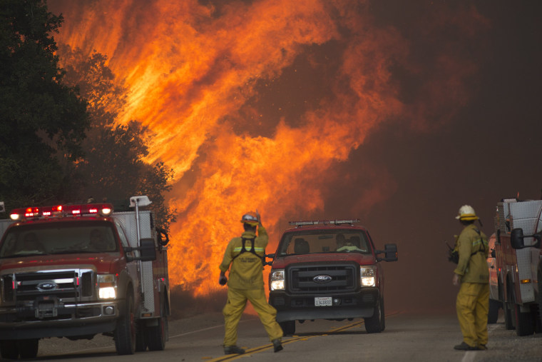 Image: Southern California Sand Fire Grows To 20,000 Acres