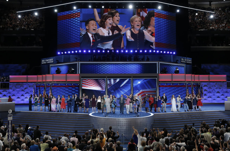 Image: Broadway stars and entertainers sing at the Democratic National Convention in Philadelphia