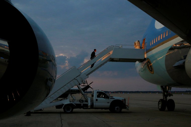 Image: Obama boards Air Force One for travel to Philadelphia to speak on the third night of the Democratic National Convention, from Joint Base Andrews, Maryland