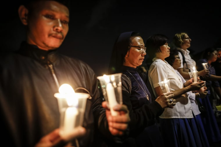 Image: Candlelight protest against Death Penalty in Indonesia