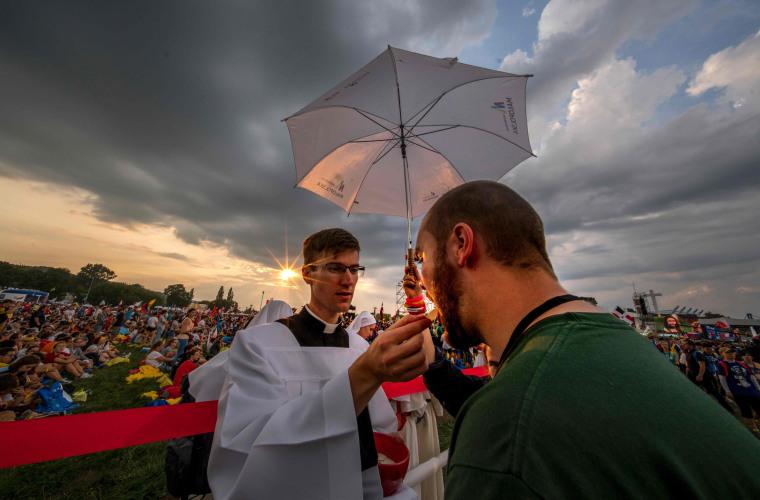 Image: TOPSHOT-POLAND-POPE-RELIGION-ROMAN-CATHOLIC