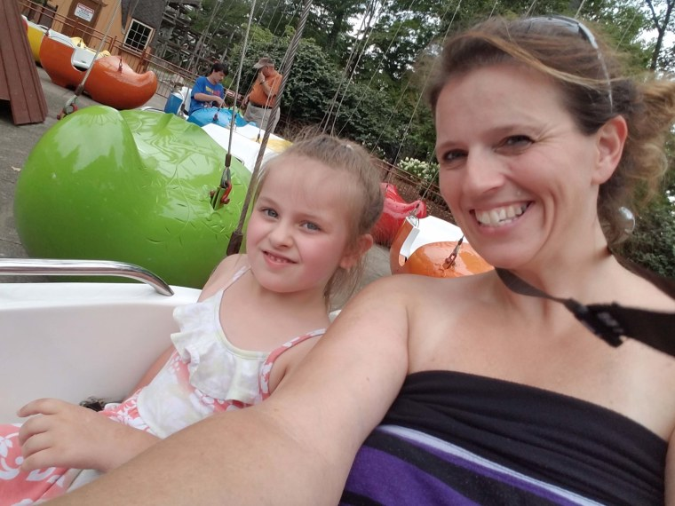 Stephanie Skaggs with her daughter Baylee.