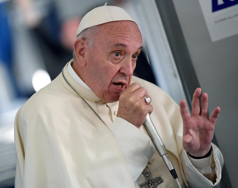 Pope Francis Reveals Why He Doesn't Discuss 'Islamic Violence'