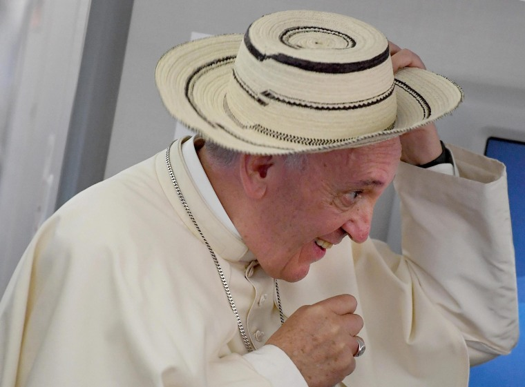 Image: Pope Francis wears hat from Panama