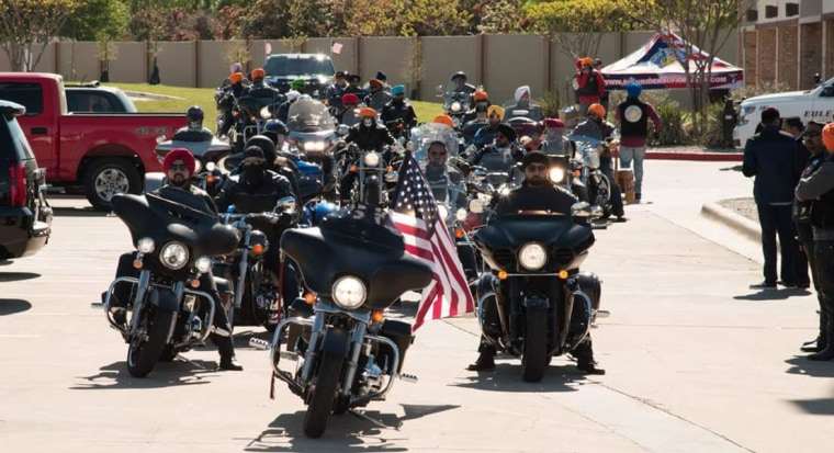 Members of Sikh Riders of America heading out on a ride.