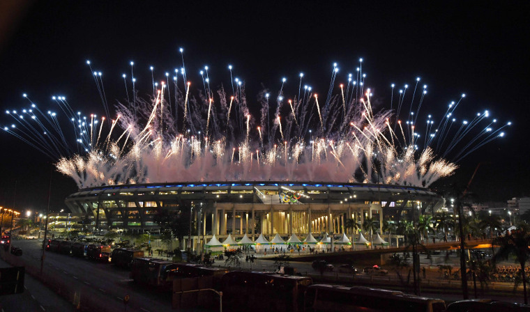 Image: OLY-2016-RIO-OPENING-OUTSIDE