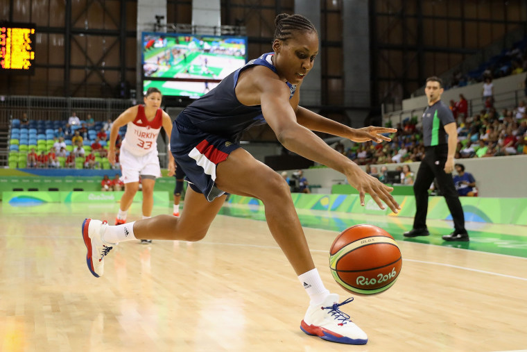 Image: Belarus v Japan - Women's Basketball - Olympics: Day 1