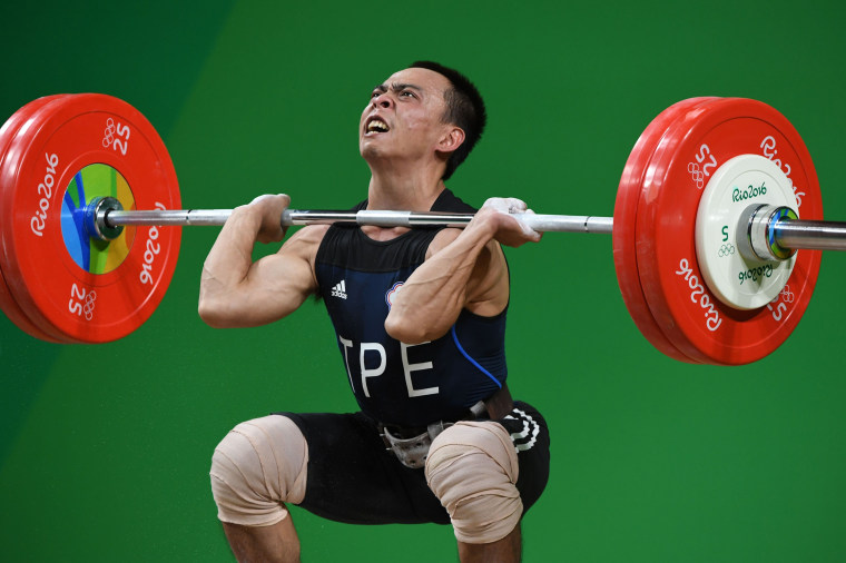 Image: WEIGHTLIFTING-OLY-2016-RIO