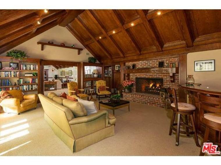 Tom Hanks' traditional home