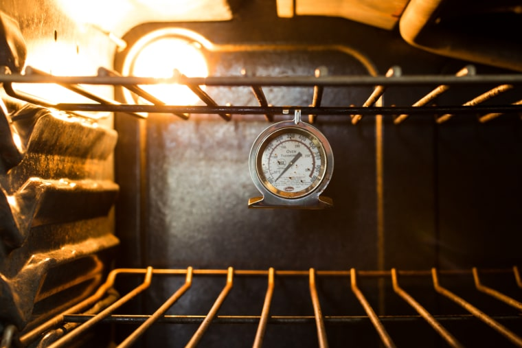 Here's why you need an oven thermometer