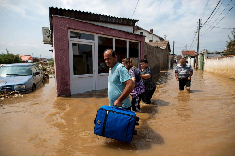 Image: TOPSHOT-MACEDONIA-WEATHER-FLOOD