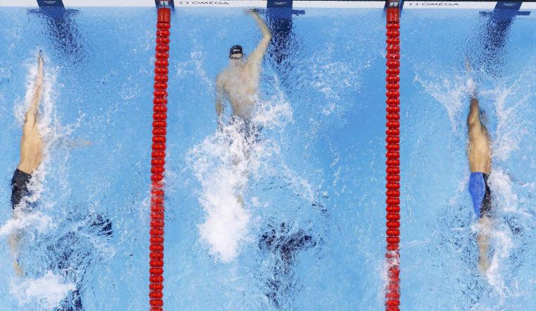 Image: Swimming - Men's 100m Backstroke Final