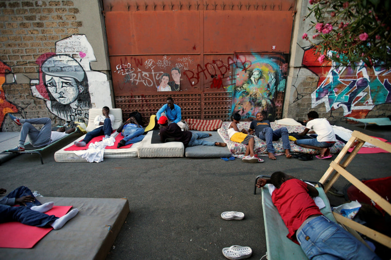 Image: The Wider Image: Life on Gloomy Street