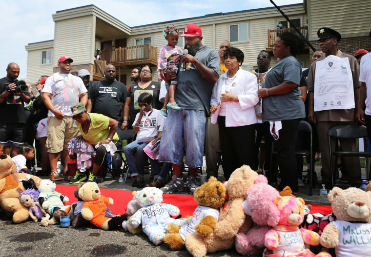 Image: Michael Brown memorial ceremony