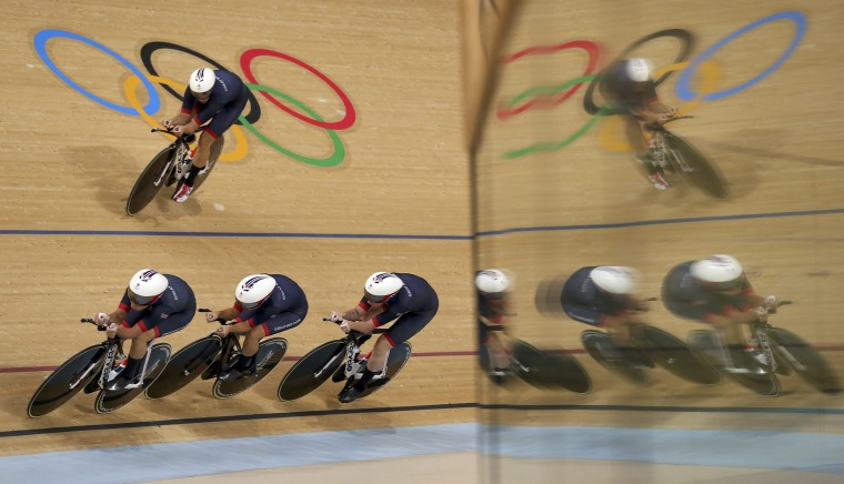 Image: Cycling Track - Women's Team Pursuit Qualifying