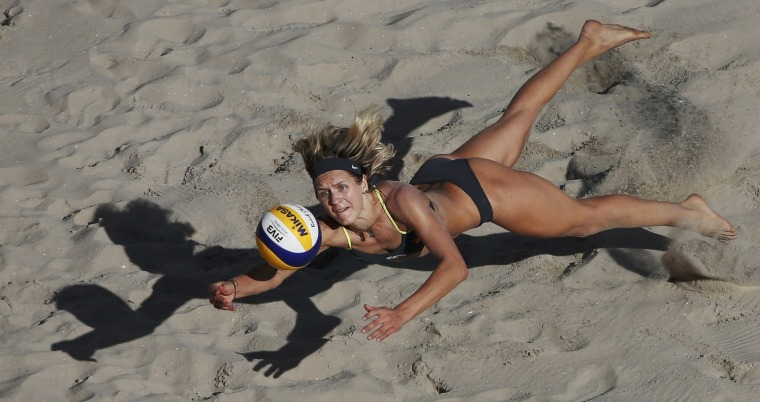 Image: Beach Volleyball - Women's Round of 16