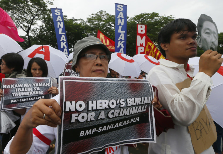 Image: Protesters rally at Rizal Park