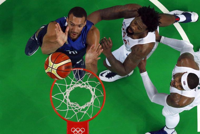 Image: BASKETBALL-OLY-2016-RIO-USA-FRA
