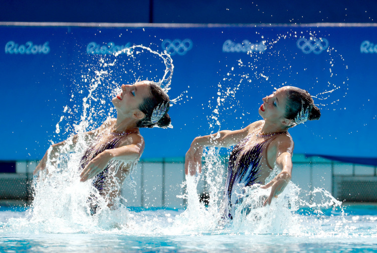 Image: Synchronised Swimming - Olympics: Day 9