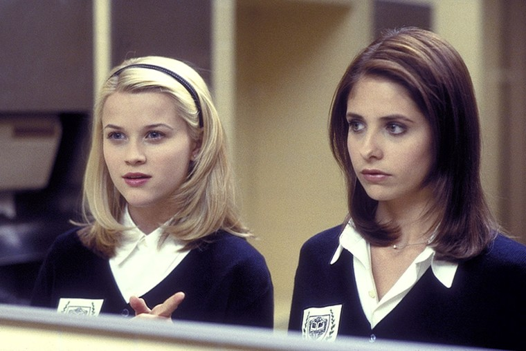 CRUEL INTENTIONS, Reese Witherspoon, Sarah Michelle Gellar, 1999, (C)Columbia Pictures/courtesy Everet