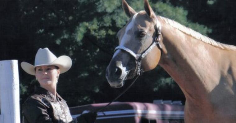 Julie McCutcheon showing her horse, Cruiser.