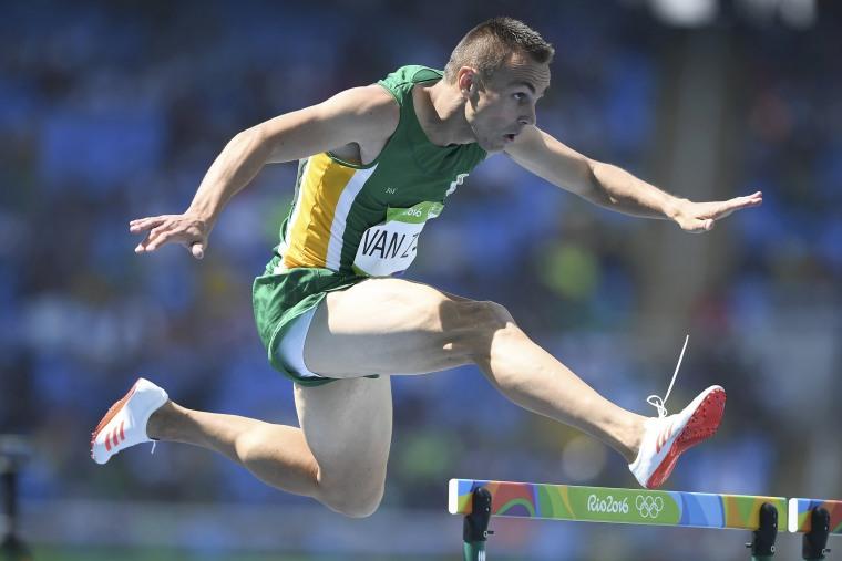 Image: Men's 400m Hurdles Round 1