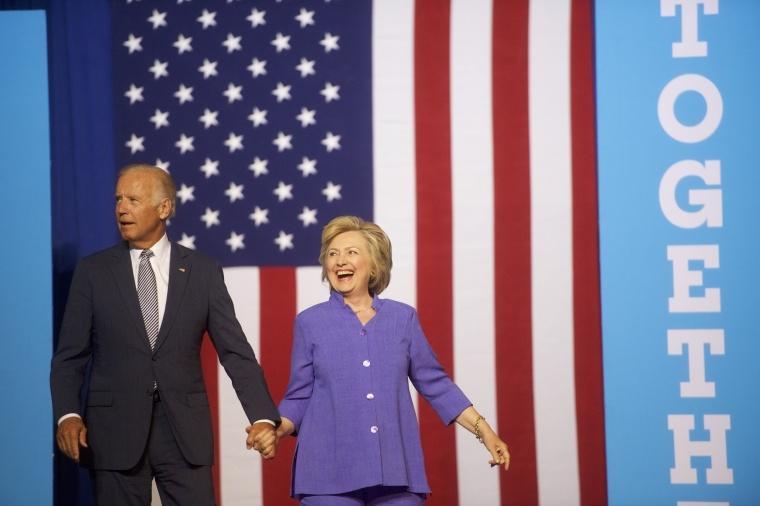 Image: US US Vice President Joe Biden Campaigns With Democratic Presidential nominee Hillary Clinton in Scranton, PA