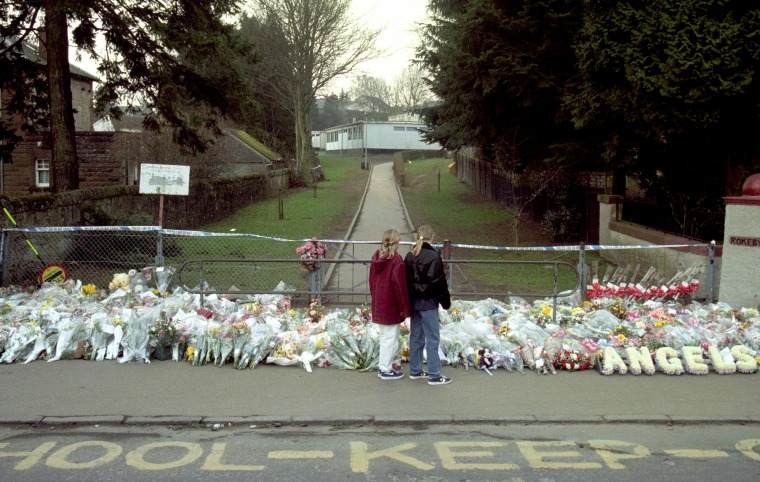 Image: Aftermath of the Dunblane massacre