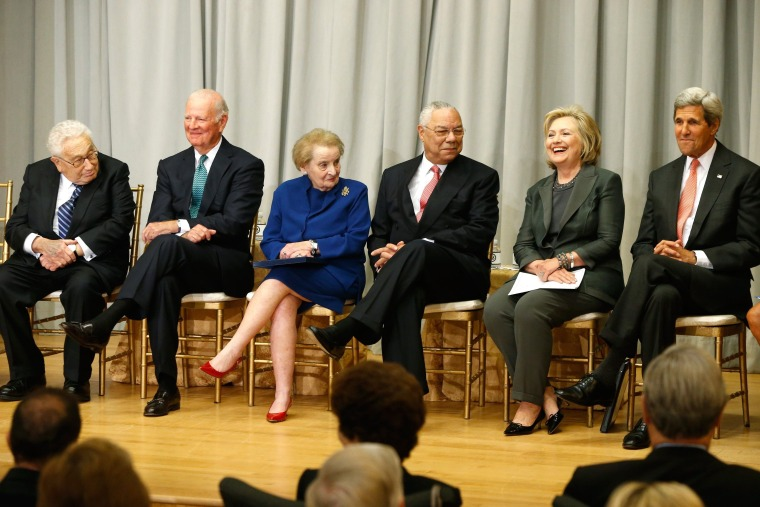 Image: Henry Kissinger (L-R), James Baker, Madeleine Albright, Colin Powell, Hillary Clinton and John Kerry in 2014
