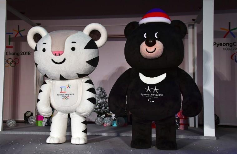 """Image: PyeongChang 2018 mascots \""""Soohorang\"""" and \""""Bandabi\"""""""