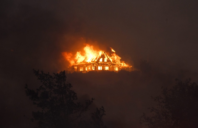 Image: Blue Cut Fire burns near Los Angeles, California