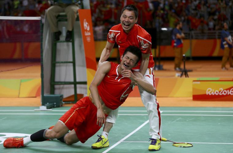 Image: Badminton - Men's Singles Gold Medal Match