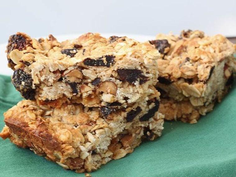 Baked oatmeal bars