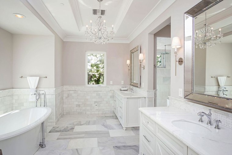Michael Phelps' bathroom