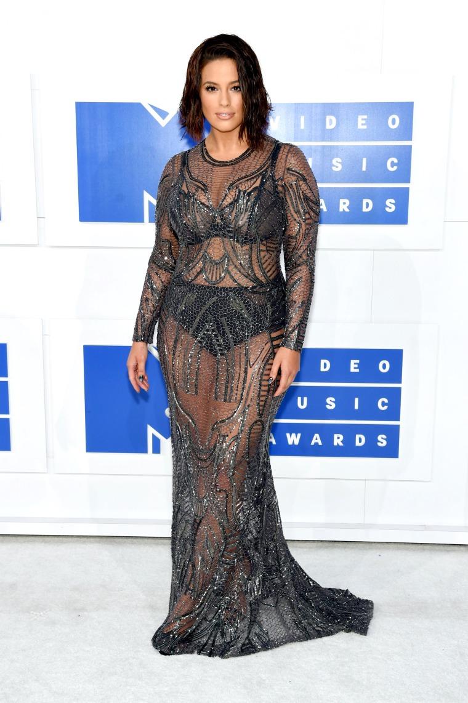 Ashley Graham 2016 MTV Video Music Awards red carpet