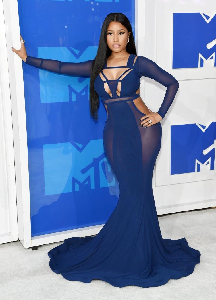 Nicki Minaj 2016 MTV Video Music Awards red carpet