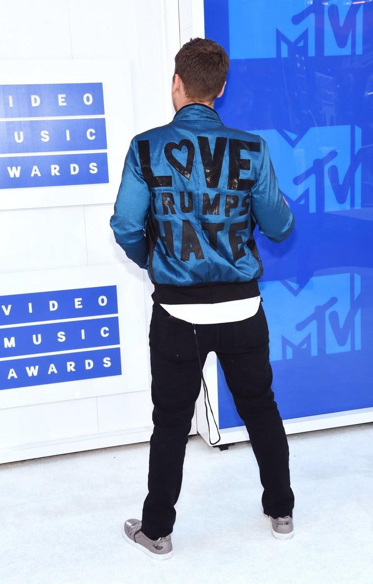 Lance Bass 2016 MTV Video Music Awards red carpet